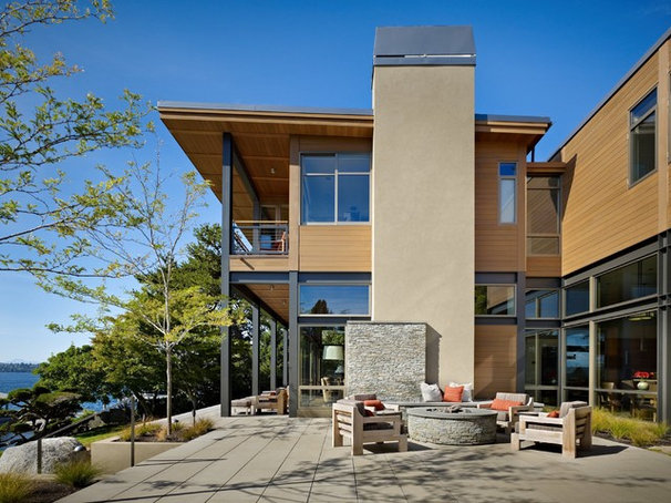 Modern Patio by McClellan Architects