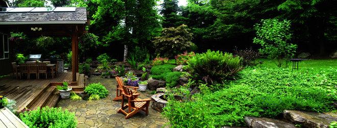 Contemporary Landscape by Classic Nursery & Landscape Co.