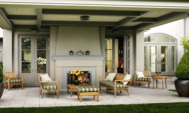 Traditional Patio by AOME Architects