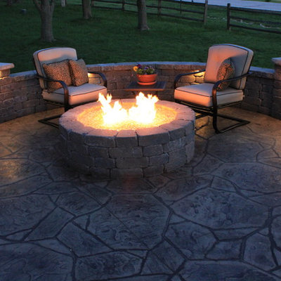 Example of a trendy patio design in Kansas City
