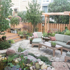 Traditional Patio by SPACE Architects + Planners
