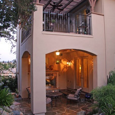 Traditional Patio by Landmark Builders