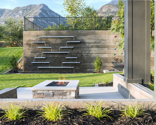 Wall Water Feature | Houzz on Backyard Feature Walls id=37440