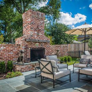 Modelo de patio clásico, sin cubierta, con brasero