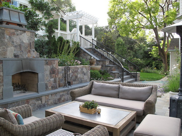Traditional Patio by Imprints Landscape Architecture