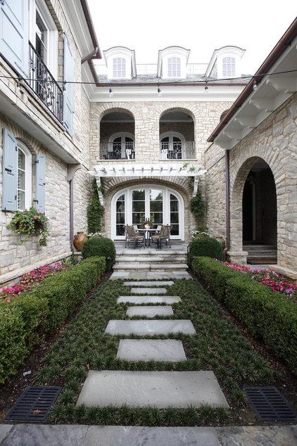 Traditional Patio by Natchez Stone Company, LLC.