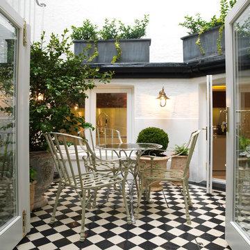 Lennox Gardens - Small terrace and lightwell