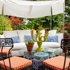 Contemporary Patio by Leslie Hayes Interiors