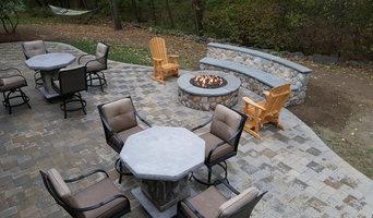 Lexington Custom firepit and paver patio