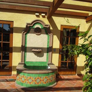 Idee per un patio o portico mediterraneo
