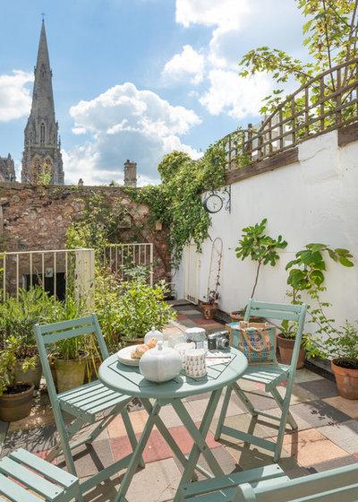 10 idee low cost per rinnovare i mobili da giardino in poche mosse - Mobili da giardino low cost ...