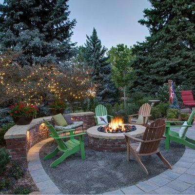 Example of a classic patio design in Denver