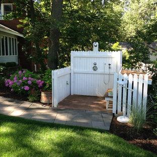 Foto di un patio o portico costiero dietro casa