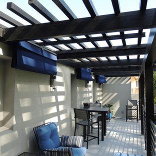 Minimalist patio photo in Los Angeles