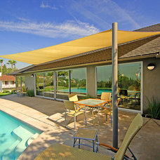 Midcentury Patio by Dworsky Architecture