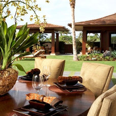 Tropical Patio by GM Construction, Inc.