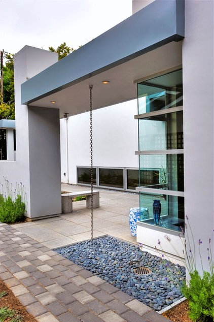 Modern Exterior by Diebel and Company   Architectural Studio