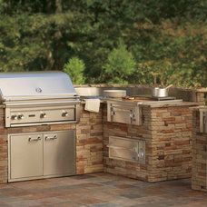 Traditional Patio by Lynx Professional Grills