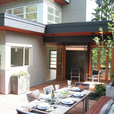 Contemporary Patio by M-Squared Contracting Inc.
