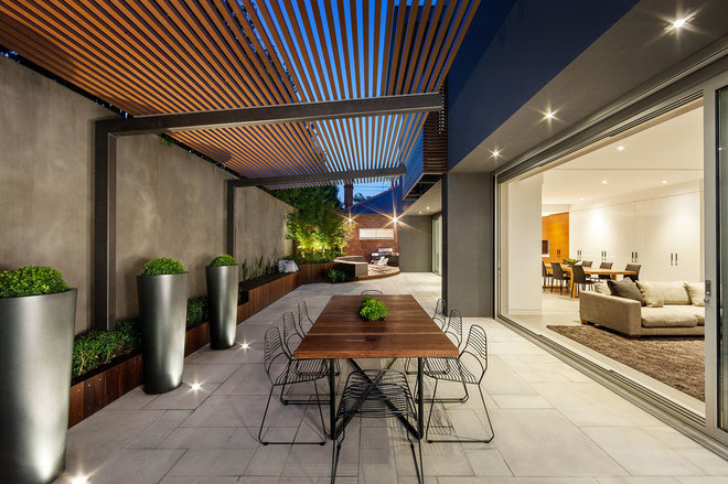 Contemporary Patio by DDB Design Development & Building