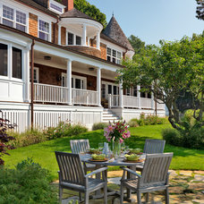 Traditional Patio by Carpenter & MacNeille