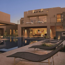 Contemporary Patio Marquis Las Vegas (2009 New American Home)