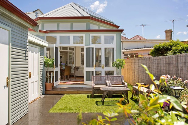 Traditional Patio by Danny Broe Architect