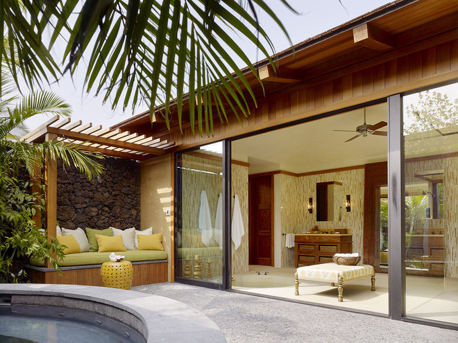 Tropical Patio by GT Design, Inc.