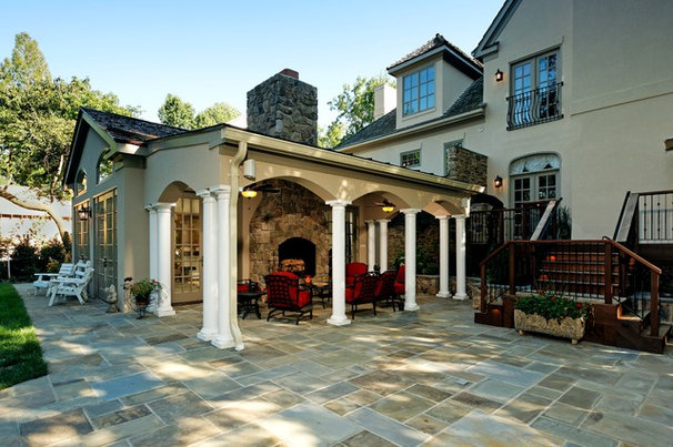 Traditional Patio by Lori Shaffer