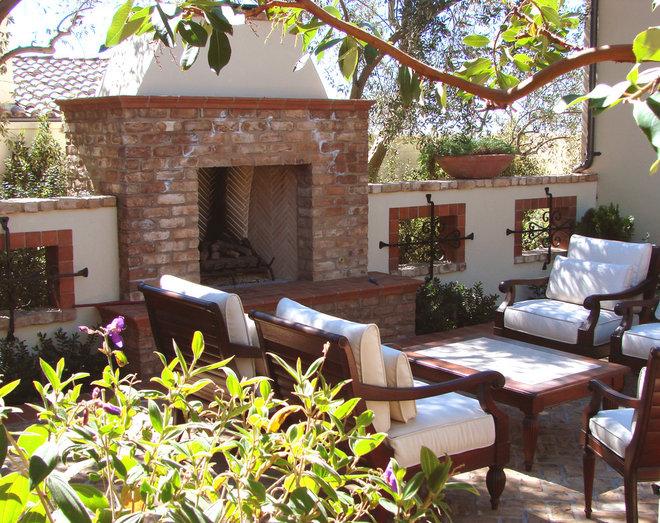 Mediterranean Patio by AMS Landscape Design Studios, Inc.