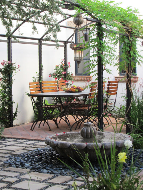 Mediterranean metal pergola home design ideas photos for Pergola images houzz