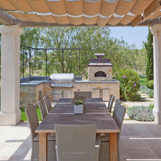 Mediterranean Patio by Mark Scott Associates | Landscape Architecture