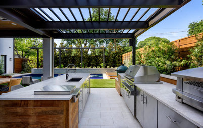 What to Know About Adding an Outdoor Bar or Counter