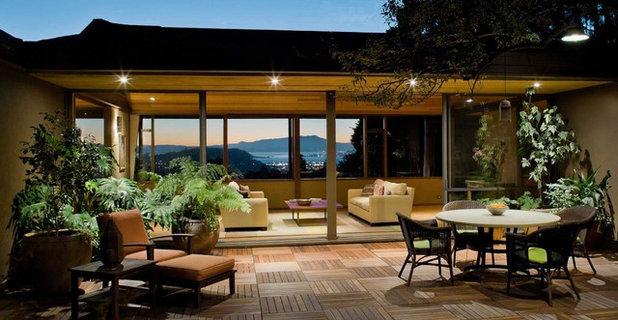Contemporary Patio by Koch Architects, Inc.  Joanne Koch