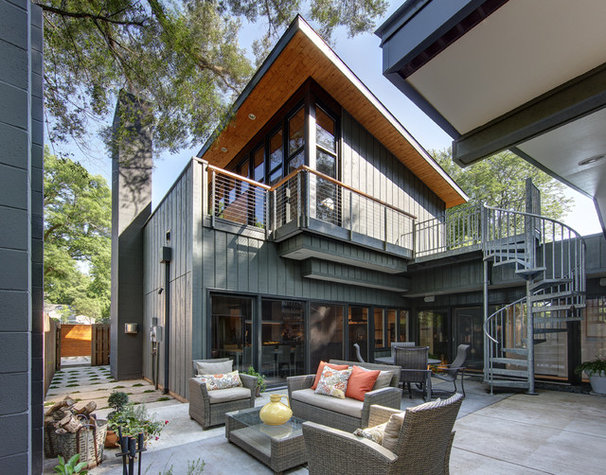 Contemporary Patio by Bruns Architecture