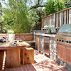 10 Outdoor Kitchens to Flip Over