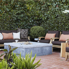 contemporary patio by Urrutia Design