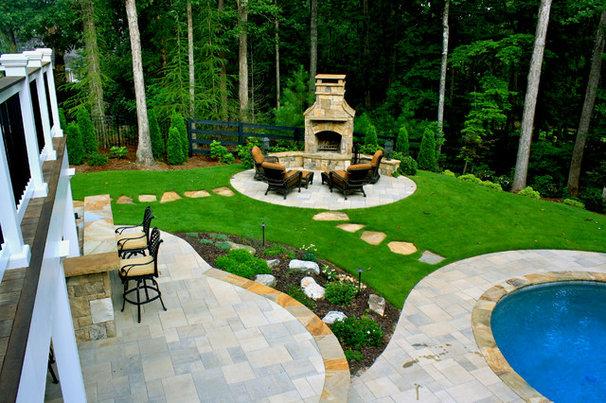 Traditional Patio by Boyce Design and Contracting, LLC