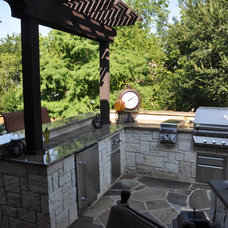 Traditional Patio by Artistic Stoneworks