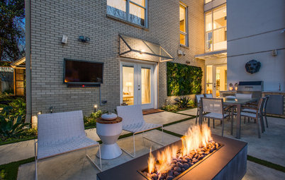 Patio of the Week: Contemporary Courtyard Extends Living Outside