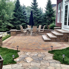 Traditional Patio by Imagine Landscapes