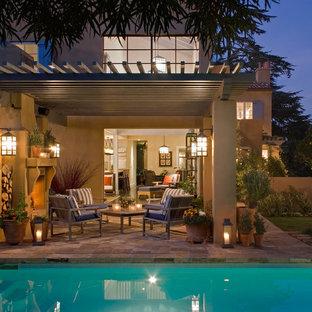 Immagine di un patio o portico mediterraneo