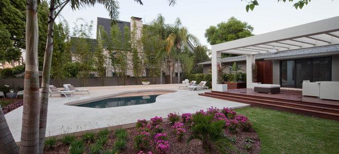 Modern Patio by Phil Kean Design Group
