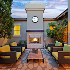 contemporary patio by Est Est, Inc.