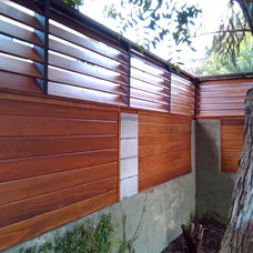 Modern Landscape by Heath Carpentry