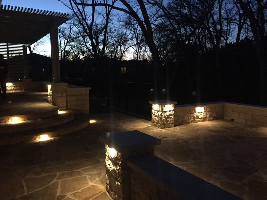 Modern flagstone patio w/ built-in low voltage LED lighting