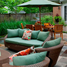 Contemporary Patio by Architectural Gardens, Inc