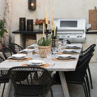 Foto di un grande patio o portico design dietro casa con ghiaia e nessuna copertura
