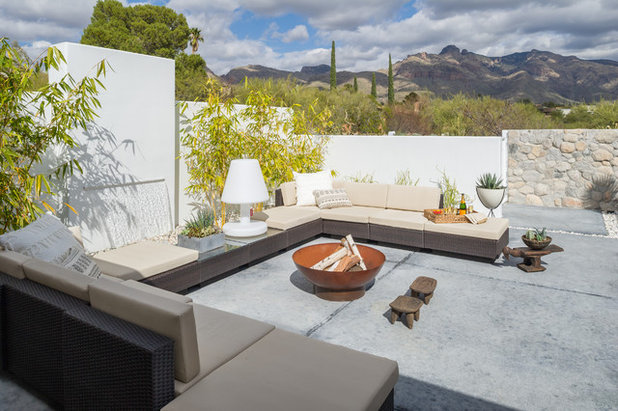 Trend Midcentury Patio by BOXHILL
