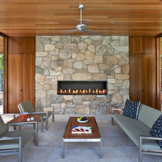 Modern Patio by Jablonski Associates